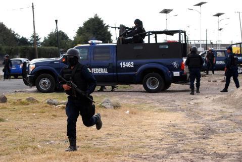 Tres policías son acusados de ser cómplices del asesinato de un candidato en México