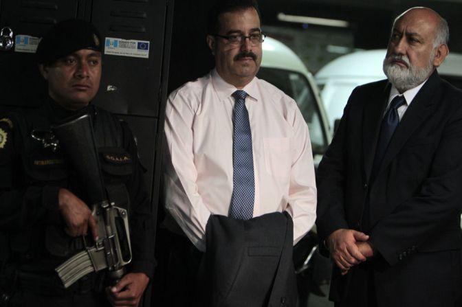 Presidente del Banco Central de Guatemala  es arrestado por presunto caso de  corrupción