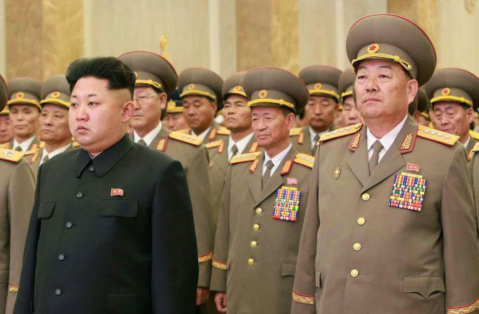 Ejecutan alto cargo en Corea del Norte por dormir en desfile militar