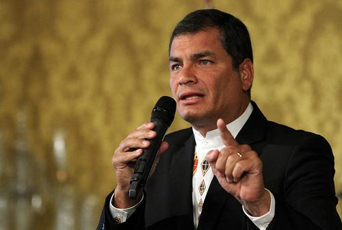 Presidente Correa en su  arribo a Bélgica asegura  Celac que  propondrá cinco ejes en cumbre de Unión Europea