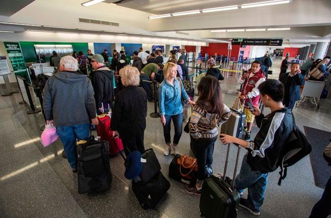 Migración española al extranjero bate récord