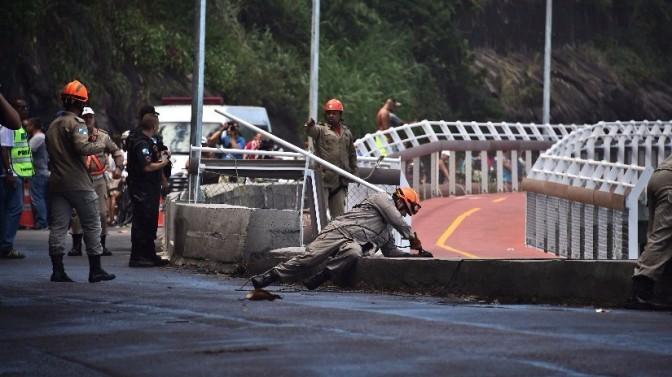 Ciclovía construida para los Juegos Olímpicos de Río se derrumba dejando dos muertos