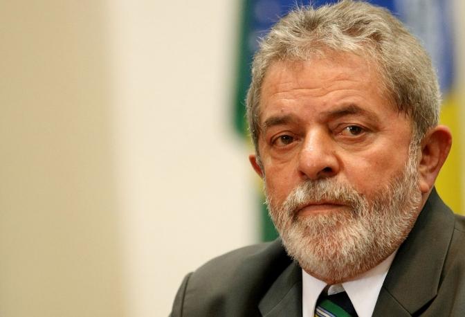 Lula convirtió cita judicial en un acto político