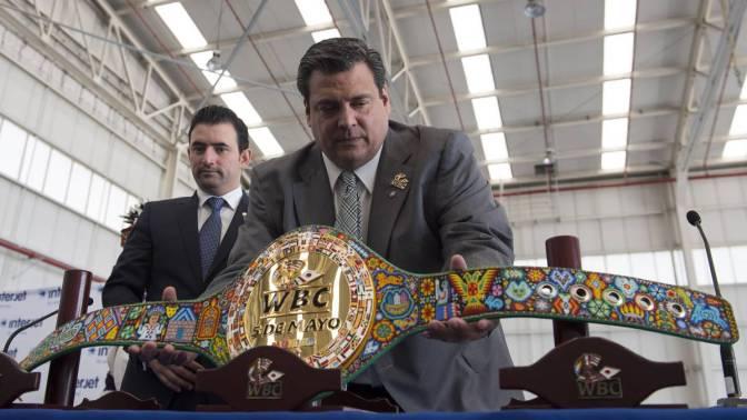 Instalan exposición sobre boxeo en estación del Metro en Ciudad de México