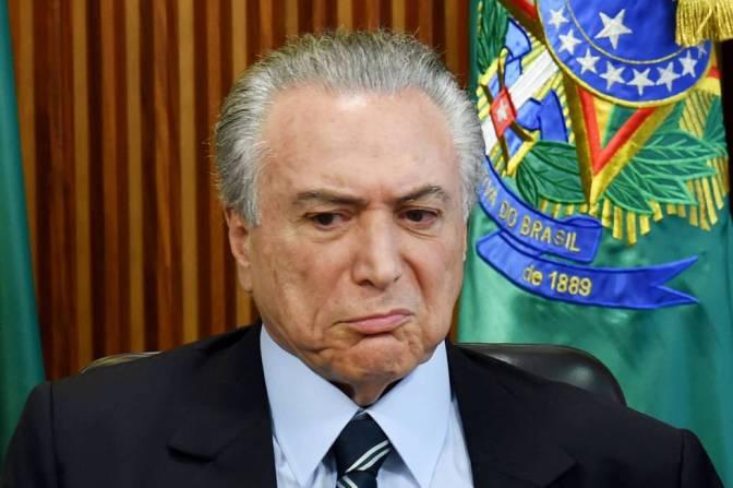 """Miles de brasileños gritan """"Fuera Temer"""" y exigen elecciones directas"""