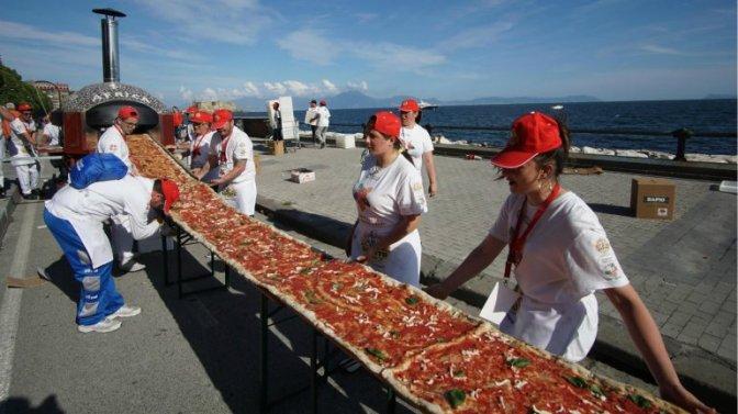 El récord de la pizza más larga del mundo lo ostenta ahora California
