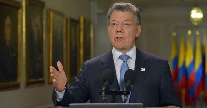 Santos dice que tras el desarme de las FARC, el nuevo enemigo de Colombia es la pobreza