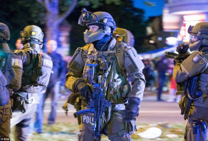 Tercera noche consecutiva de disturbios en Hamburgo tras la cumbre del G20