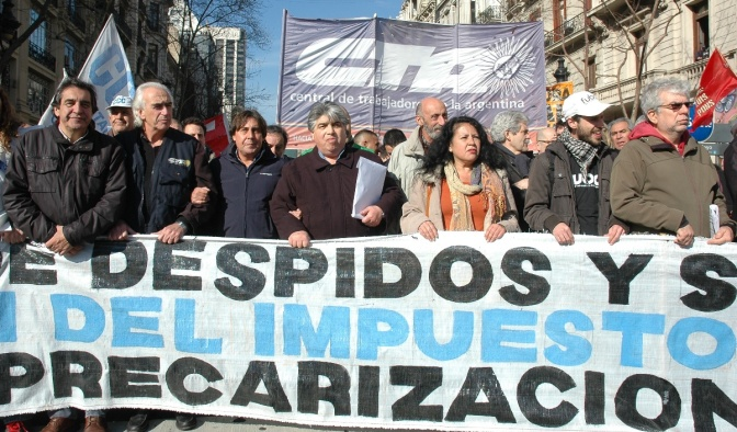 Sindicatos argentinos salen a la calle para reclamar por empleo al Gobierno