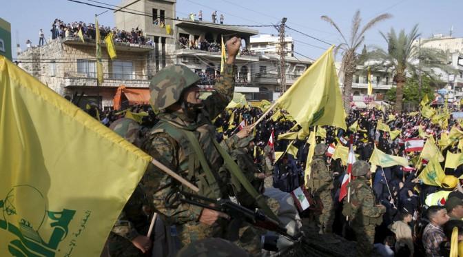 Ejército libanés y Hezbollah anuncian ofensivas contra EI en frontera con Siria