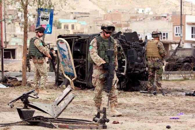 Cinco muertos en un atentado suicida talibán en Afganistán