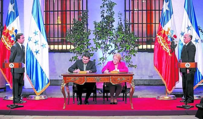 Bachelet inicia una gira a Honduras, Barbados y Santa Lucía para reforzar los lazos