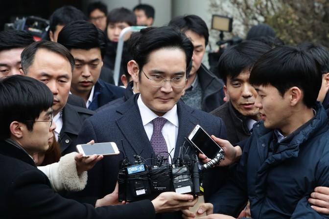 Heredero de Samsung fue condenado a 5 años de cárcel por corrupción