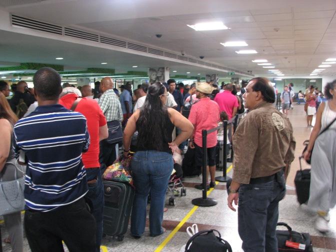 Unos 20.000 venezolanos han emigrado a República Dominicana por la crisis