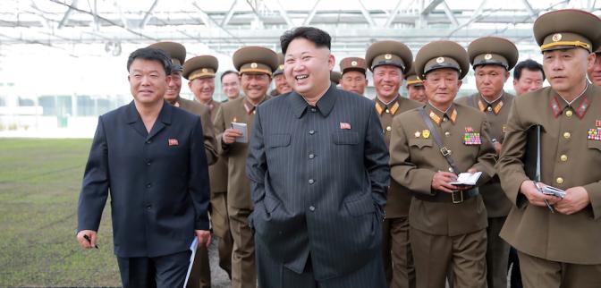 Líder de Corea del Norte decide aplazar lanzamiento de misiles hacia Guam
